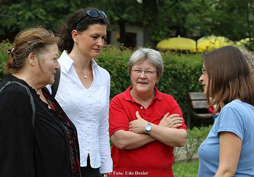 Marianne Saegebrecht und Annette Scherer